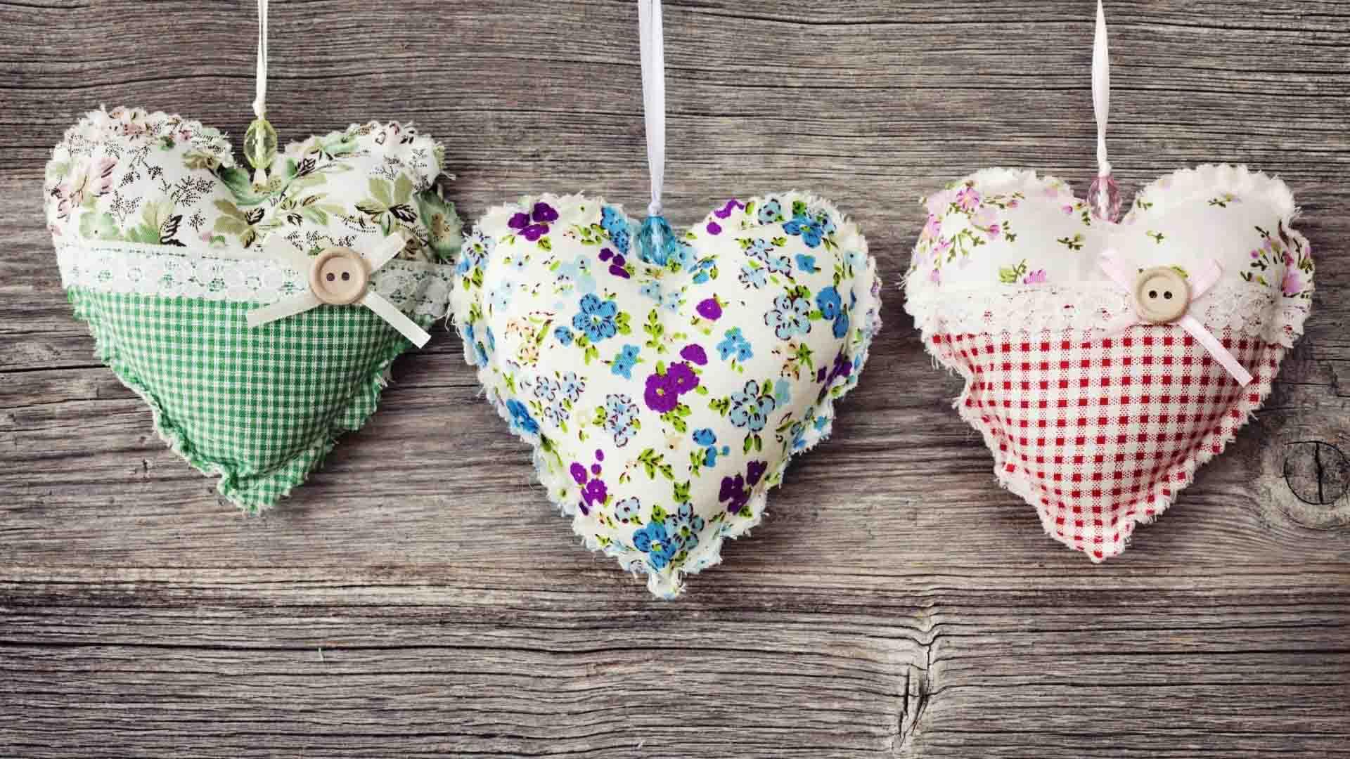 Hình ảnh bộ ba trái tim