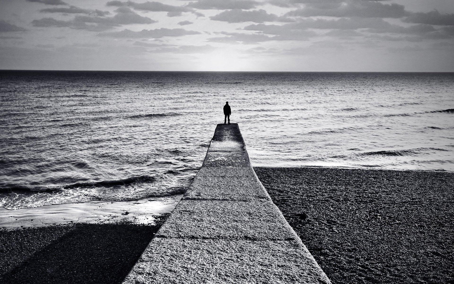 Hình ảnh buồn cô đơn tuyệt vọng
