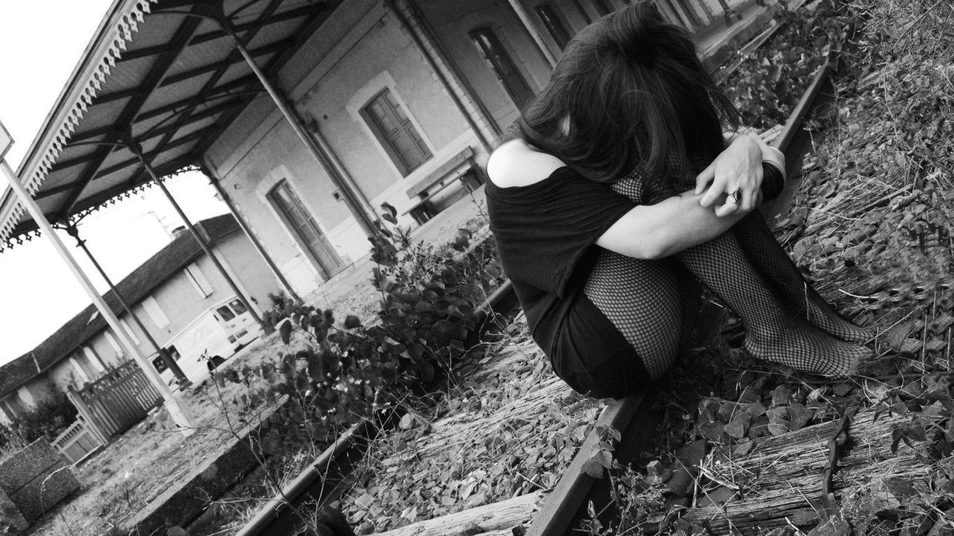 Hình ảnh người con gái buồn