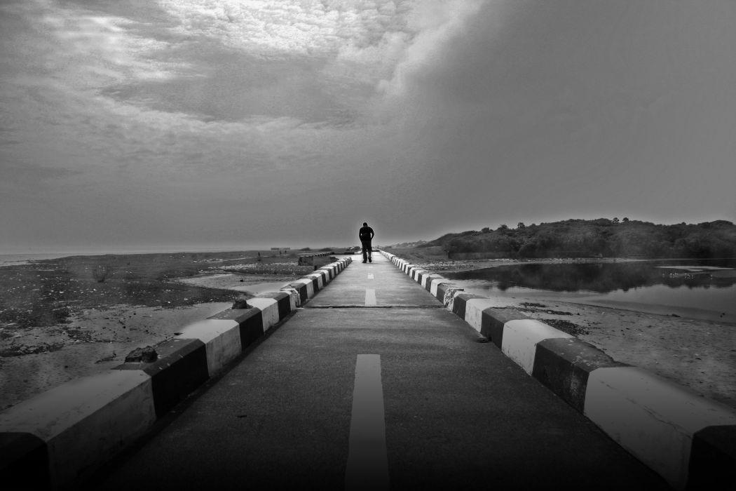 Hình ảnh tận cùng của nỗi buồn và sự cô đơn