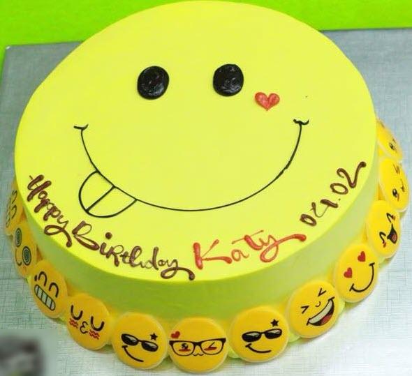 Bánh sinh nhật mặt cười