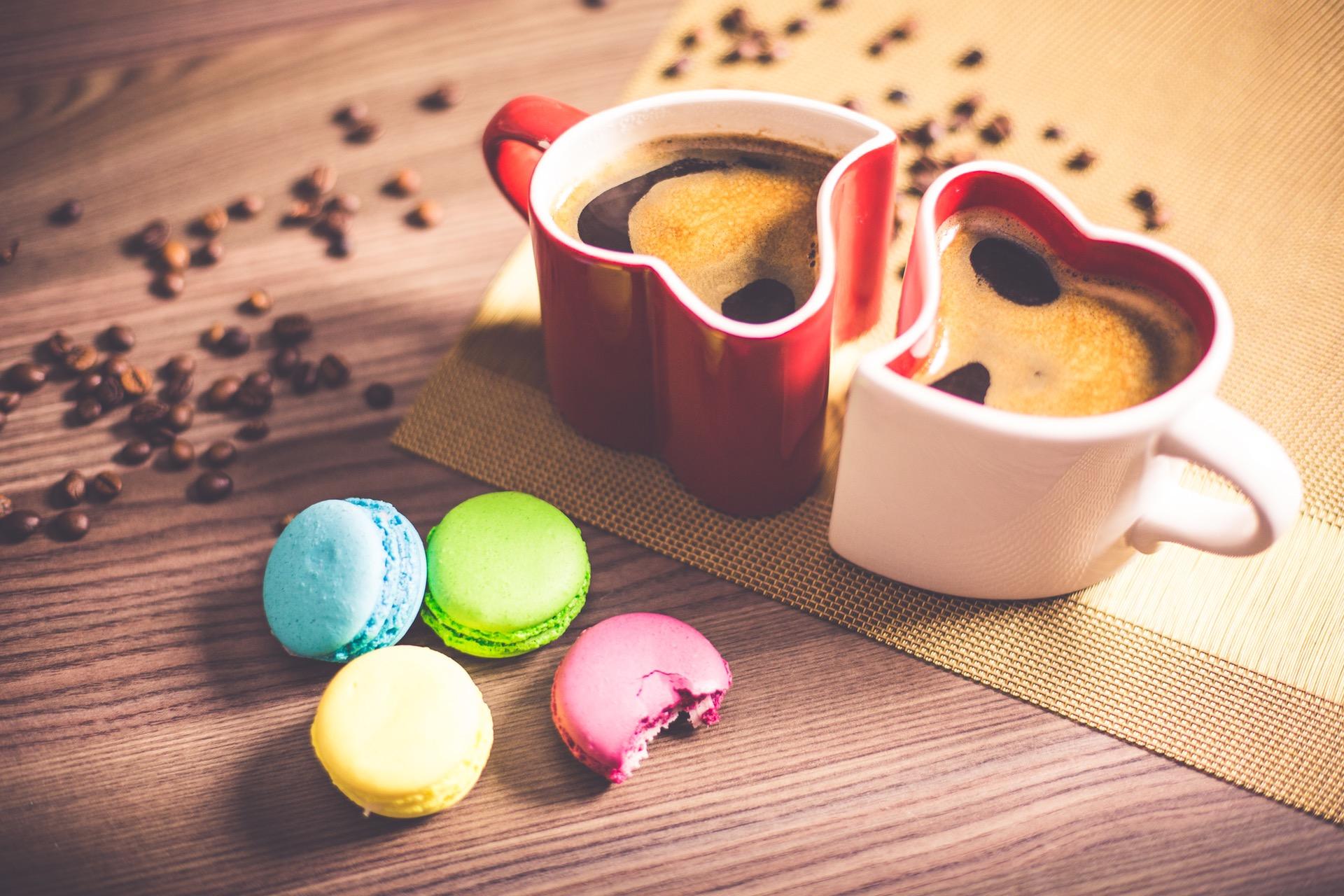 Hình ảnh hai cốc cà phê tình yêu dễ thương