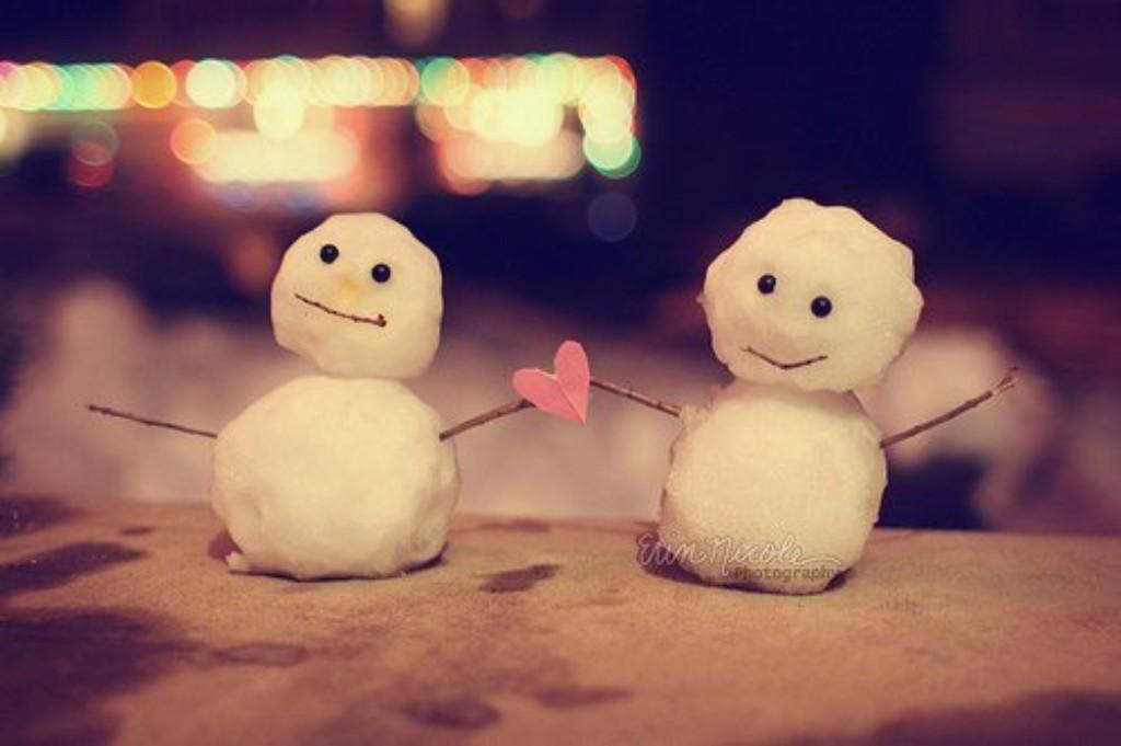 Hình ảnh tình yêu người tuyết dễ thương nhất