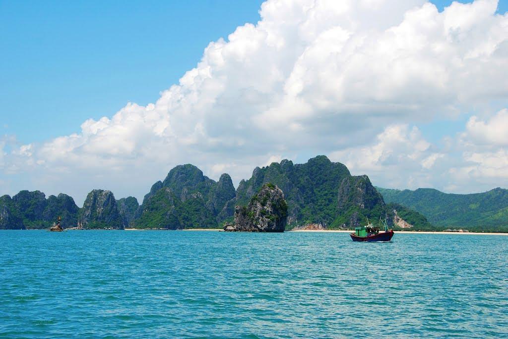 Ảnh đẹp vịnh Bái Tử Long ở Hạ Long