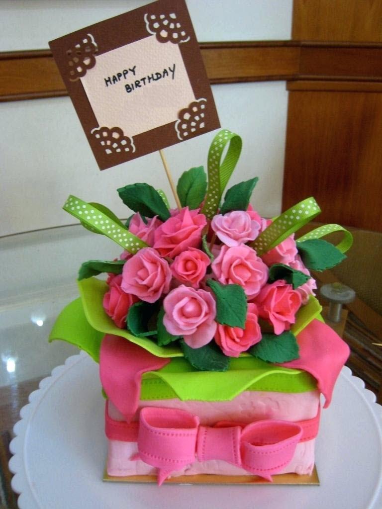 Ảnh hoa và bánh sinh nhật độc đáo