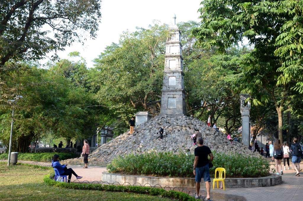 Ảnh vẻ đẹp tháp Bút-Hà Nội