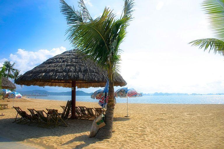 Hình ảnh đẹp bãi biển Tuần châu-Hạ Long
