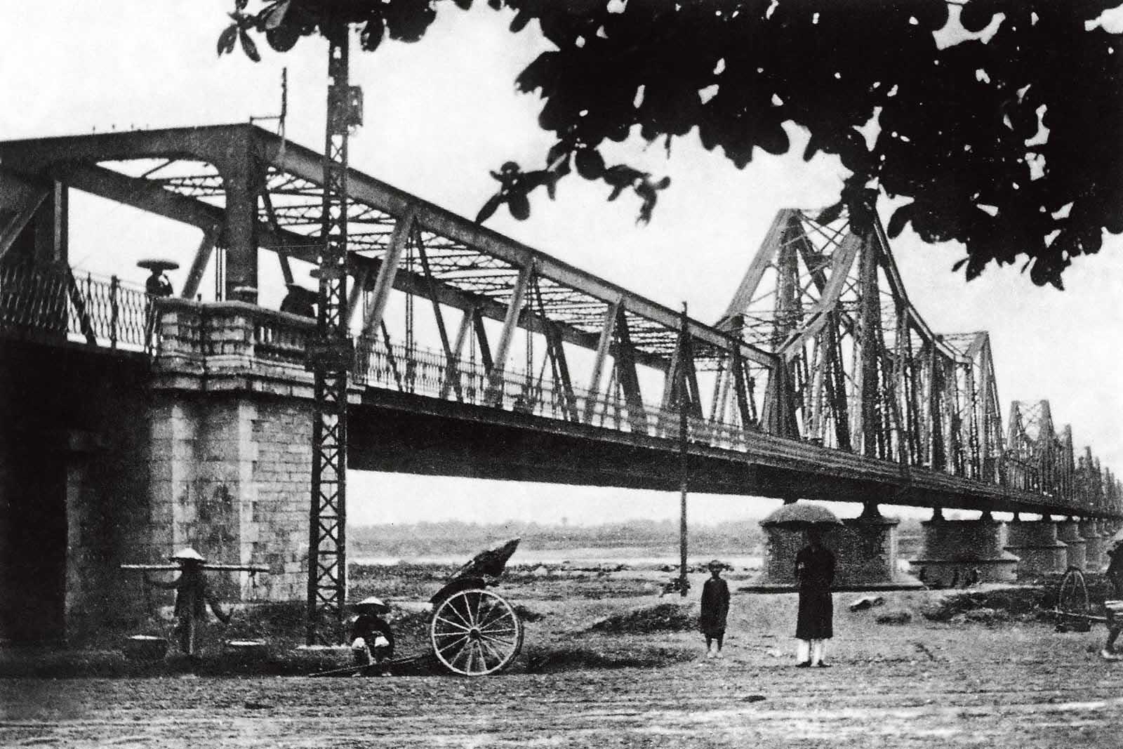 Hình ảnh đẹp về Hà Nội xưa-cầu Long Biên