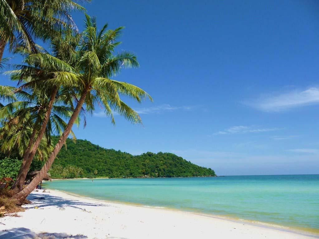 Hình ảnh một góc bãi tắm Tuần châu-Hạ Long