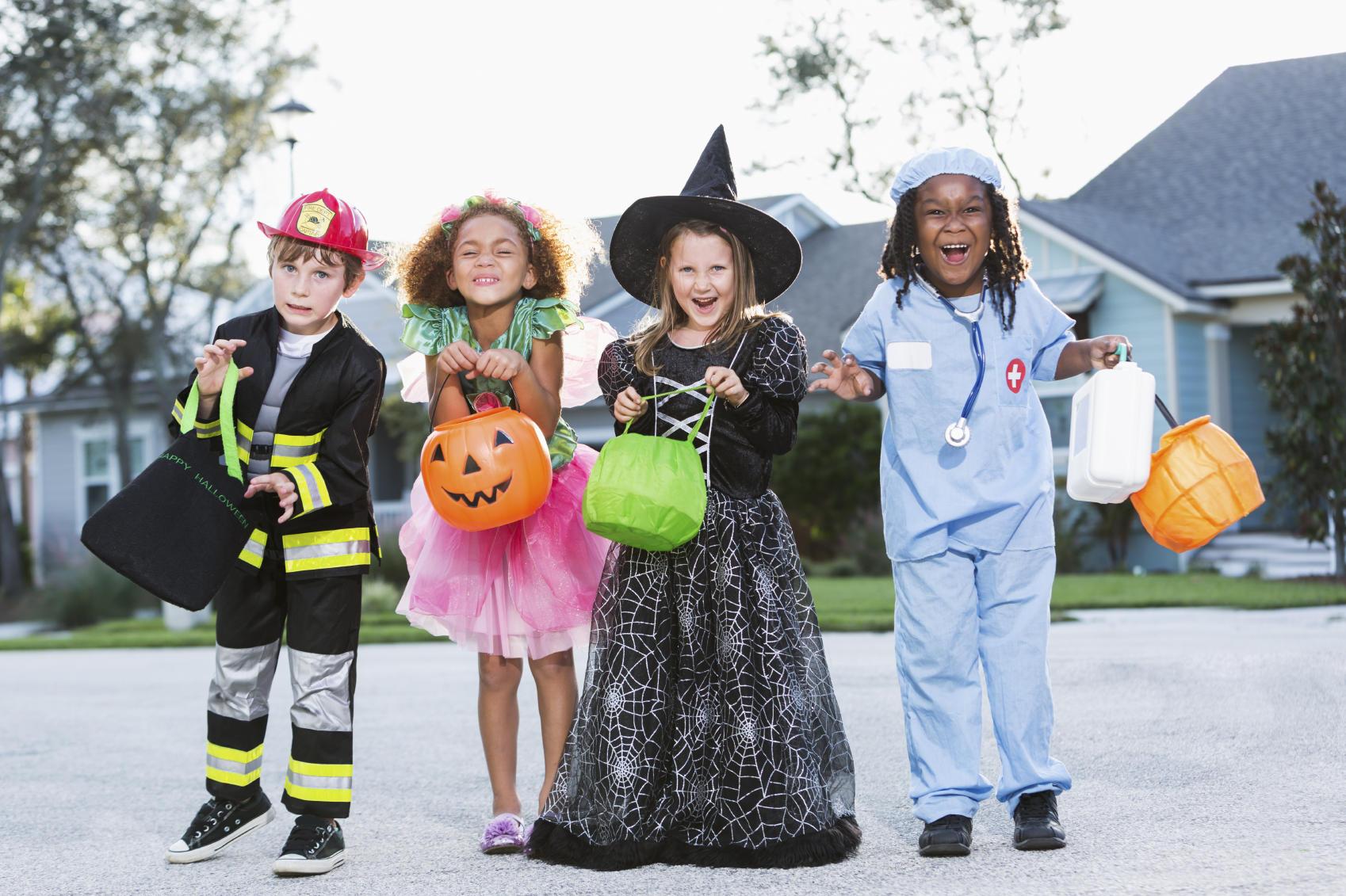 Hình ảnh những đứa trẻ hóa trang trong lễ hội Halloween (1)