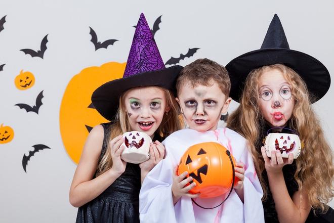 Hình ảnh những đứa trẻ hóa trang trong lễ hội Halloween (2)