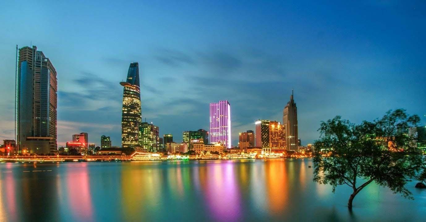 Hình ảnh Sài Gòn hiện đại về đêm