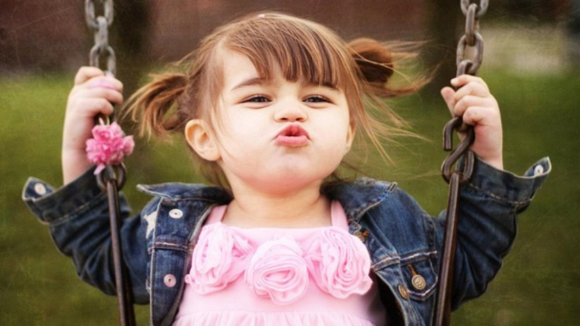 Hình ảnh bé gái cute, lovely