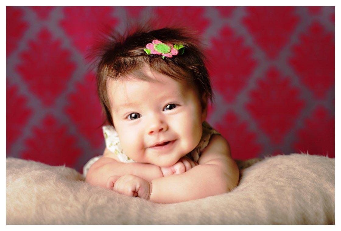 Hình ảnh em bé đáng yêu cute