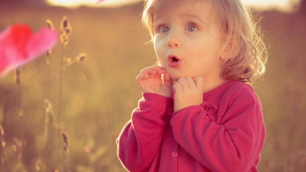 Hình ảnh em bé ngộ nghĩnh đáng yêu (2)