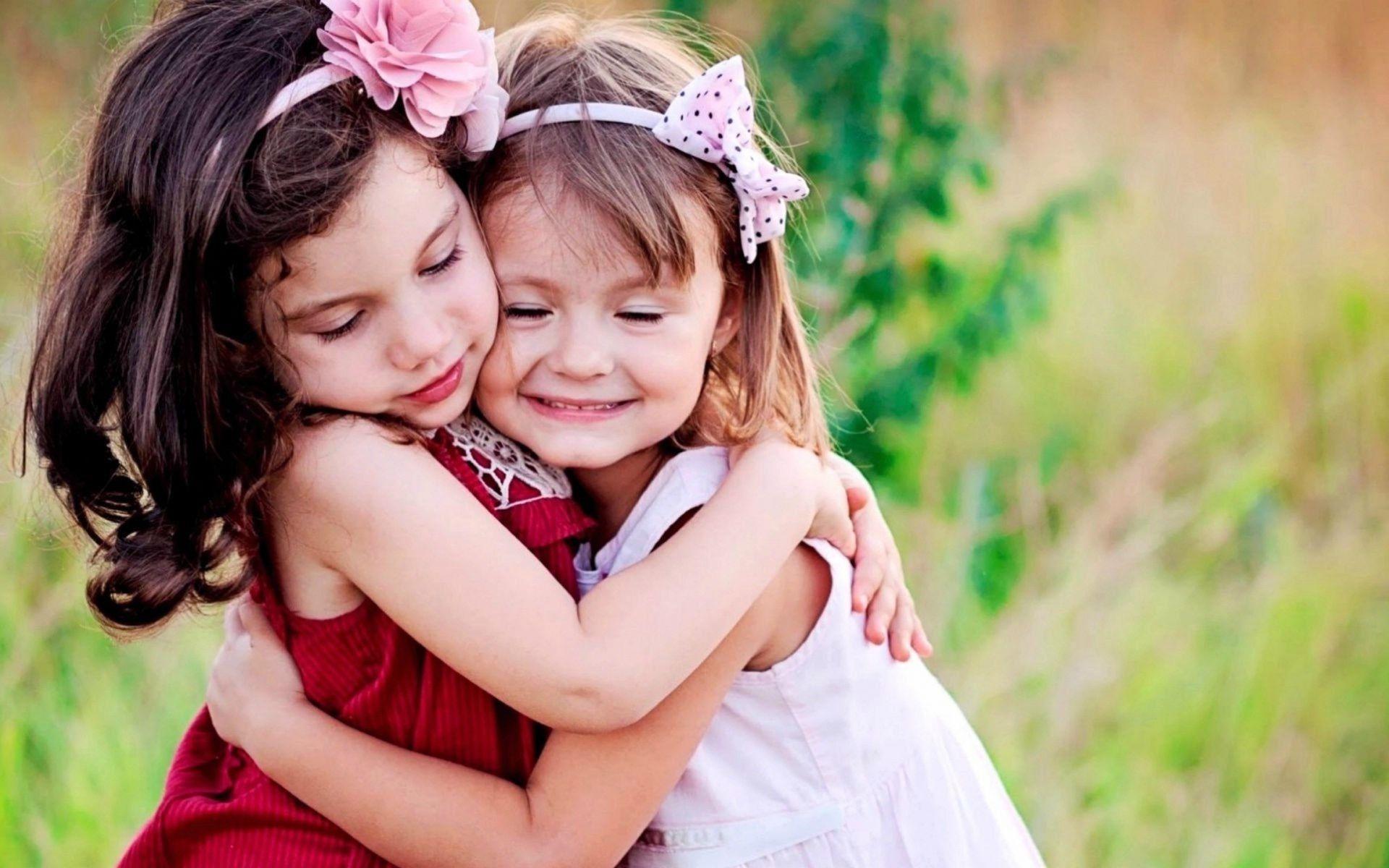 Hình ảnh những em bé đáng yêu