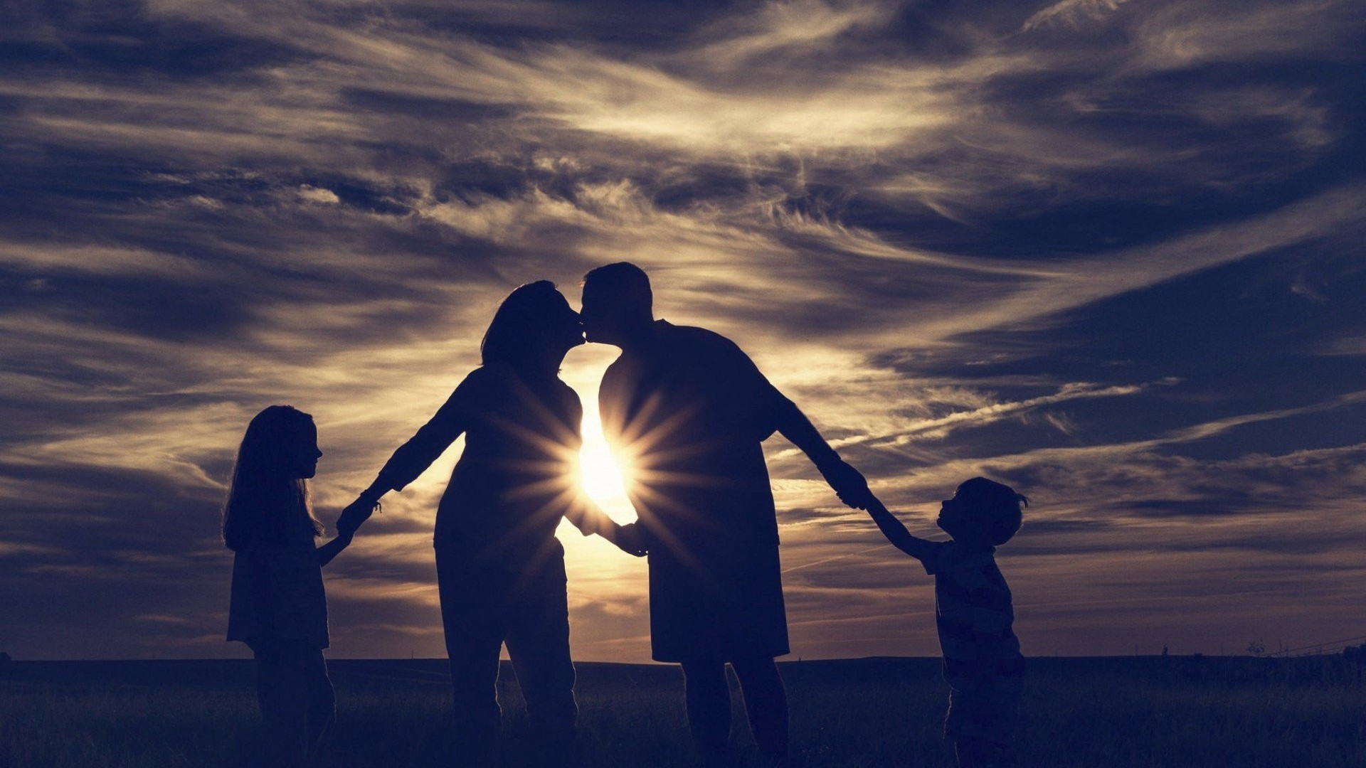Hình nền tình yêu gia đình đẹp nhất