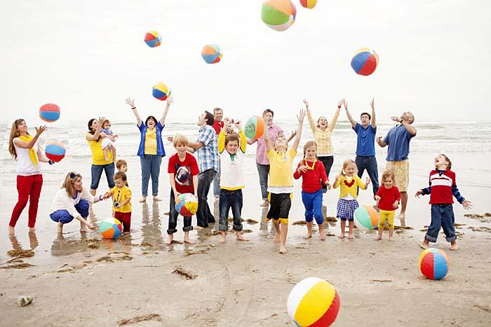 Hình ảnh đại gia đình hạnh phúc