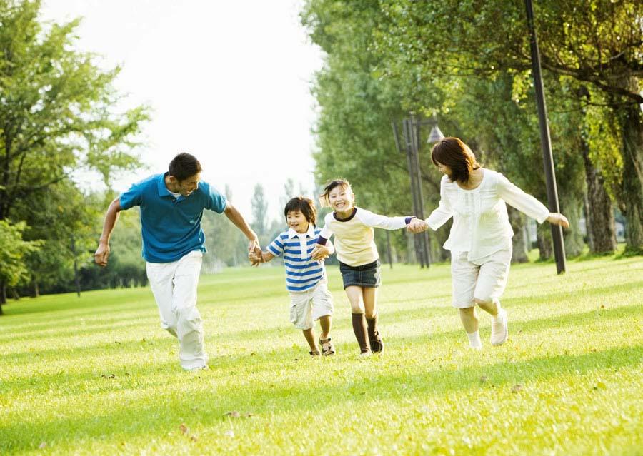 Hình ảnh hạnh phúc về gia đình