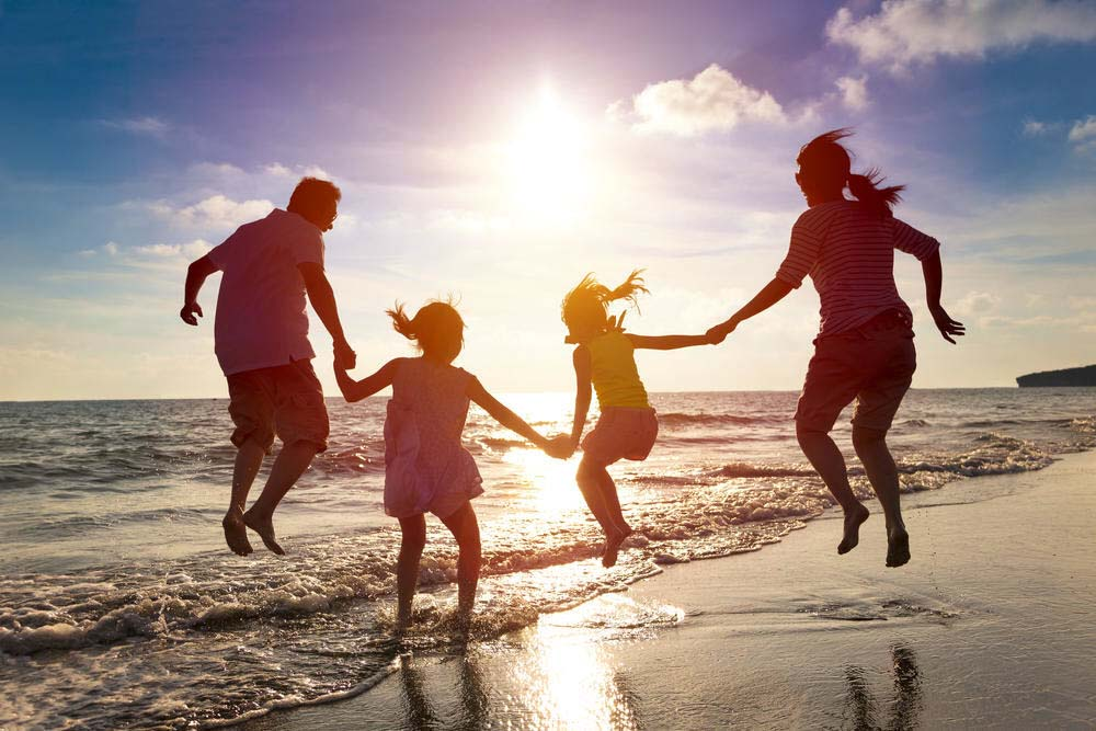 Hình ảnh về gia đình vui vẻ