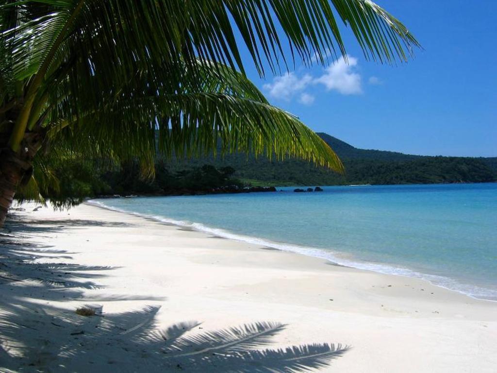 Ảnh bãi biển đẹp hoang sơ