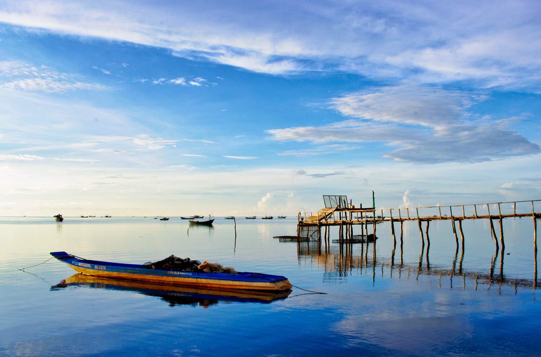 Hình ảnh biển xanh, bến tàu đẹp