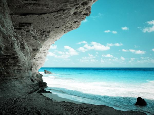 Hình ảnh hang đá và biển đẹp