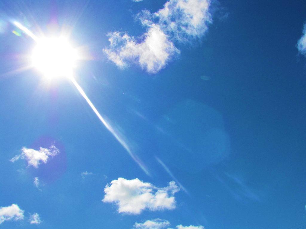 Ảnh đẹp bầu trời nắng trong xanh