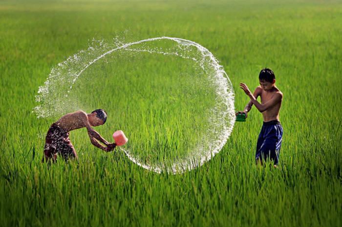 Ảnh đẹp trẻ em làng quê