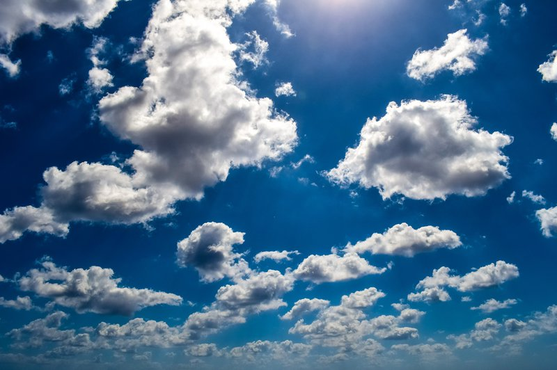 Hình ảnh bầu trời xanh xám đẹp