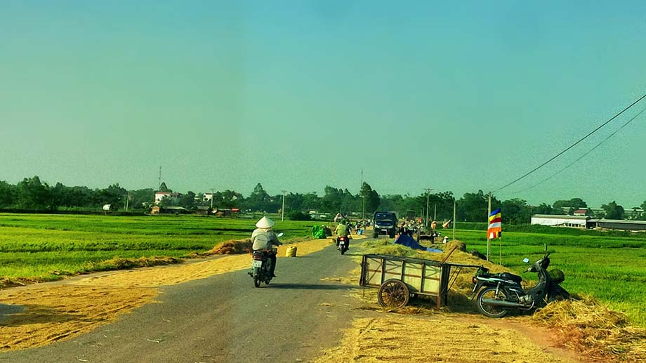 Hình ảnh làng quê hiện đại