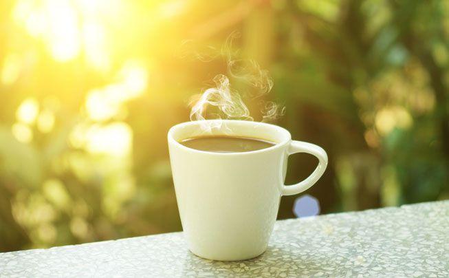 Hình ảnh ly cafe buổi sáng