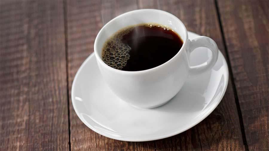 Hình ảnh ly cafe đen bốc khói