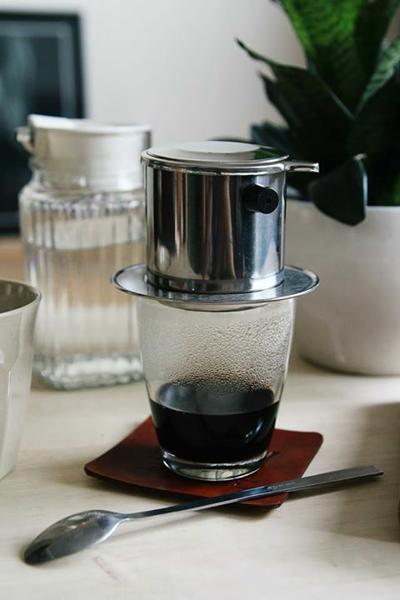 Hình ảnh ly cafe phin đen