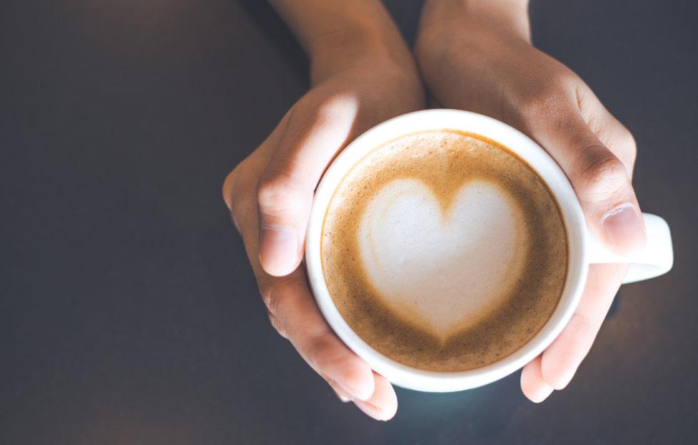 Hình ảnh ly cafe sữa trái tim đẹp