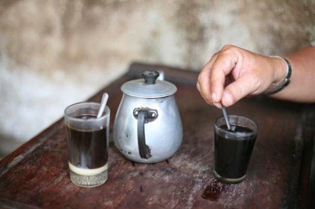 Hình ảnh ly cafe xưa