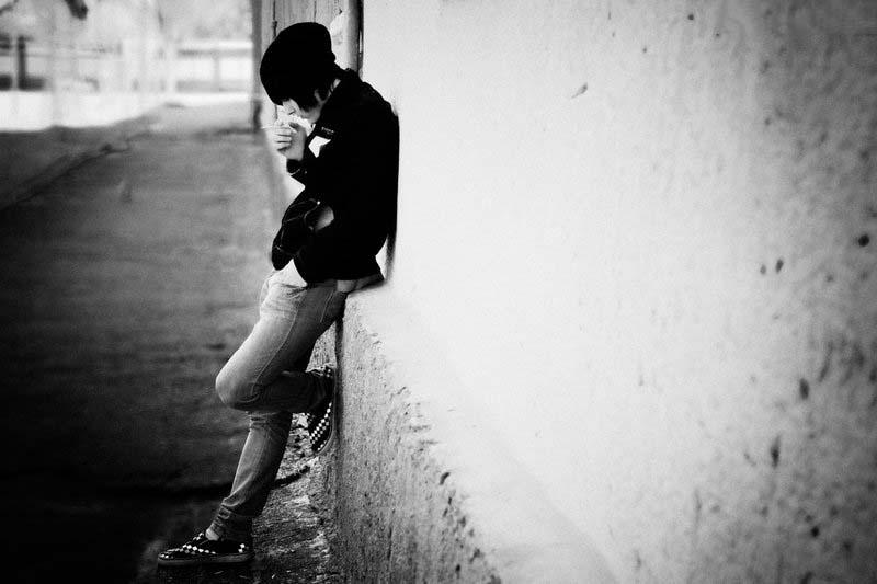 Ảnh buồn chàng trai cô đơn