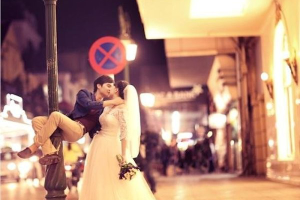 Ảnh cưới ngoài trời độc đáo nhất