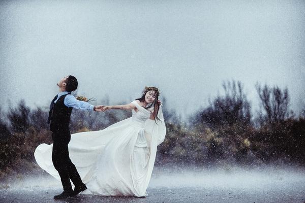 Ảnh cưới trời mưa đẹp nhất