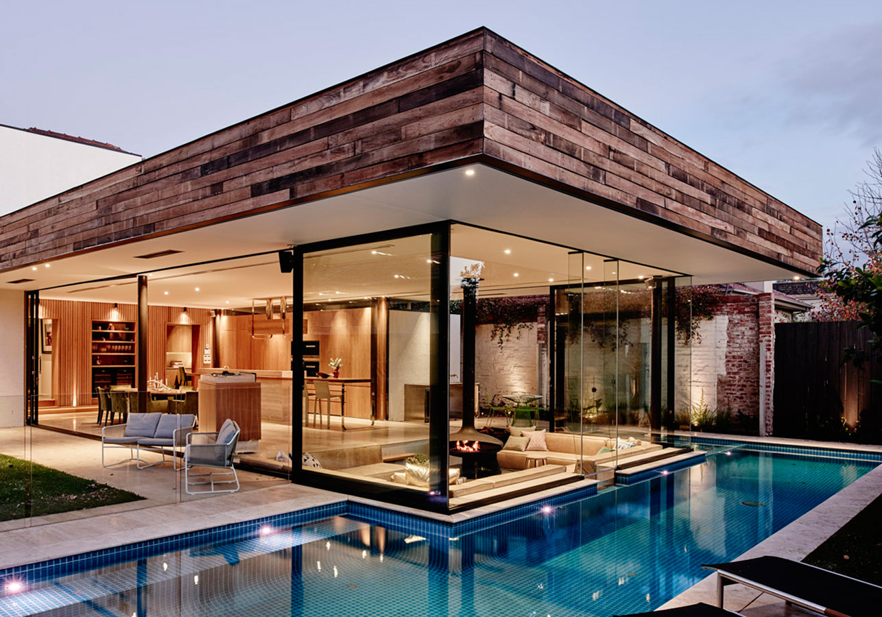 Hình ảnh nhà đẹp với kính và bể bơi