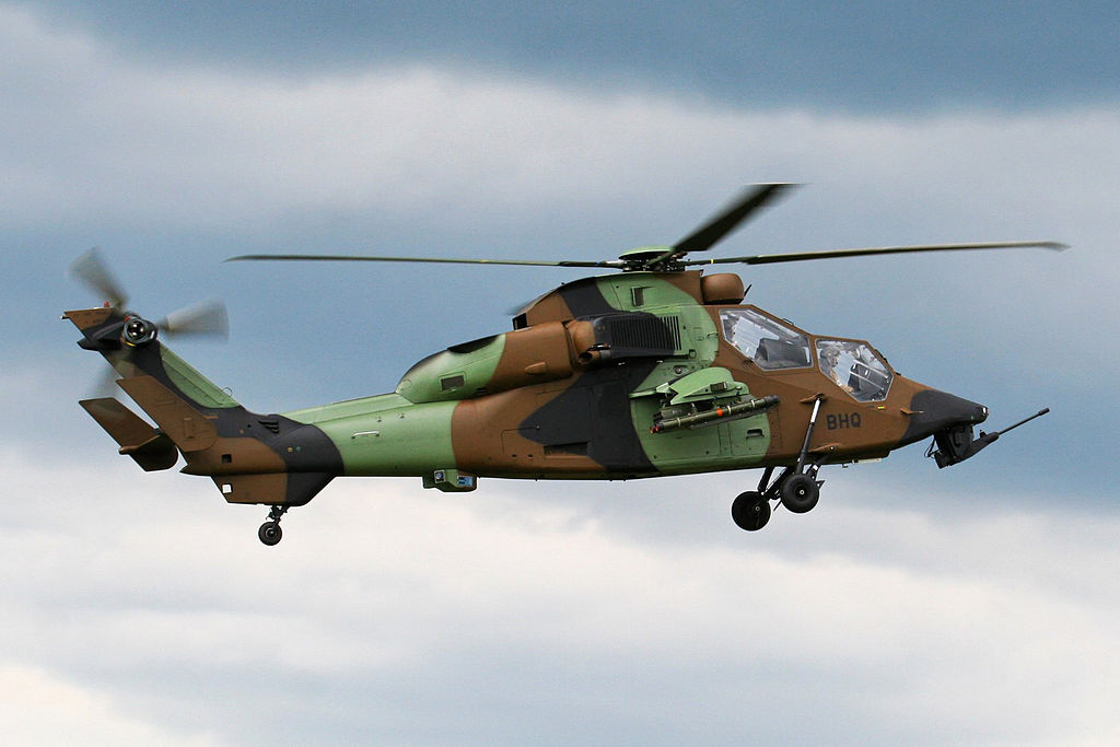 Ảnh đẹp máy bay trực thăng quân đội