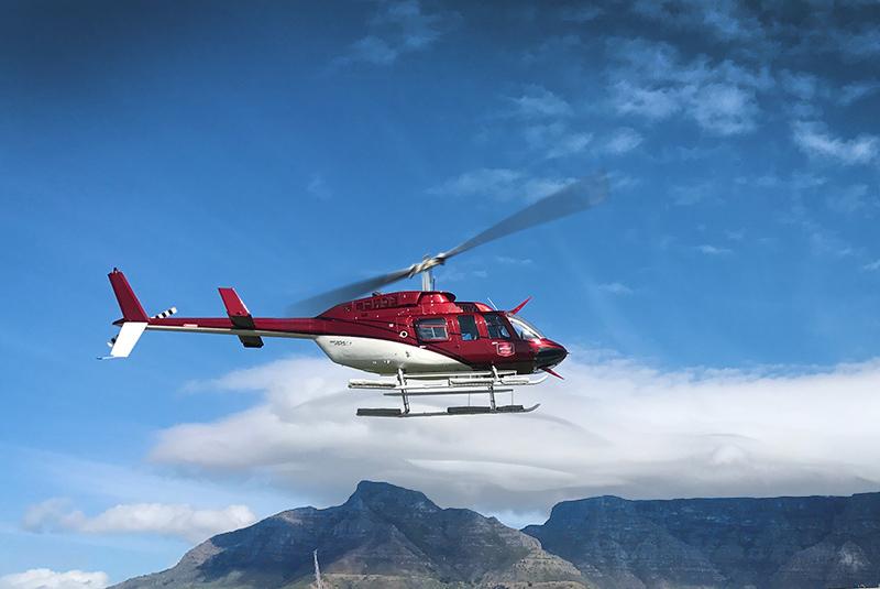 Ảnh đẹp máy bay trực thăng trên trời