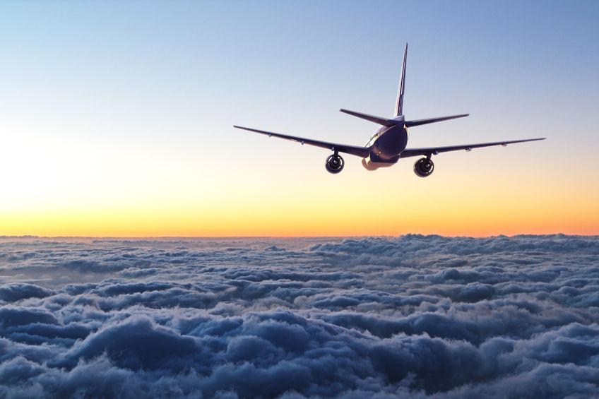Ảnh máy bay đẹp trên mây