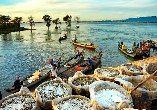 Hình ảnh con người Việt Nam đẹp