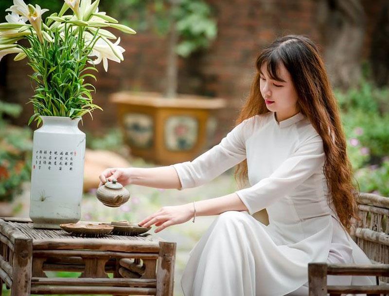 Hình ảnh áo dài truyền thống của quê hương Việt nam