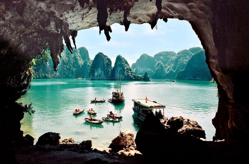 Hình ảnh thuyền bè của quê hương Việt Nam