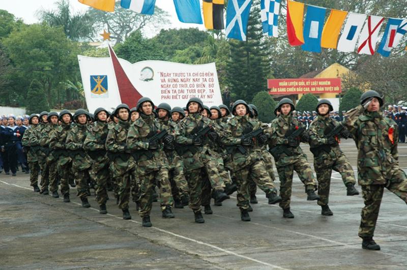 Lữ đoàn Hải quân huấn luyện hình ảnh bộ đội đẹp nhất
