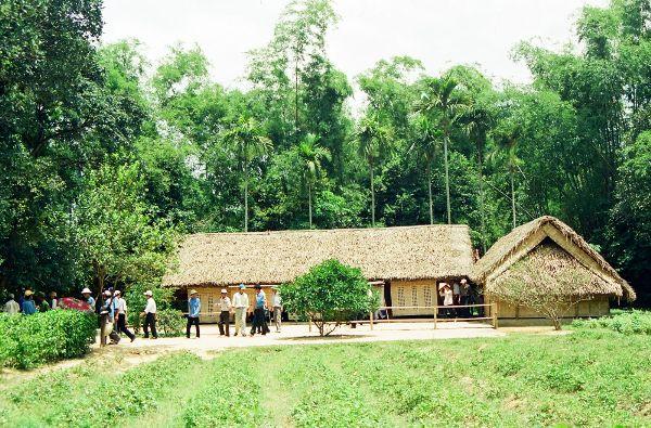 Nhà của bác hồ ở Nghệ An quê hương Việt nam