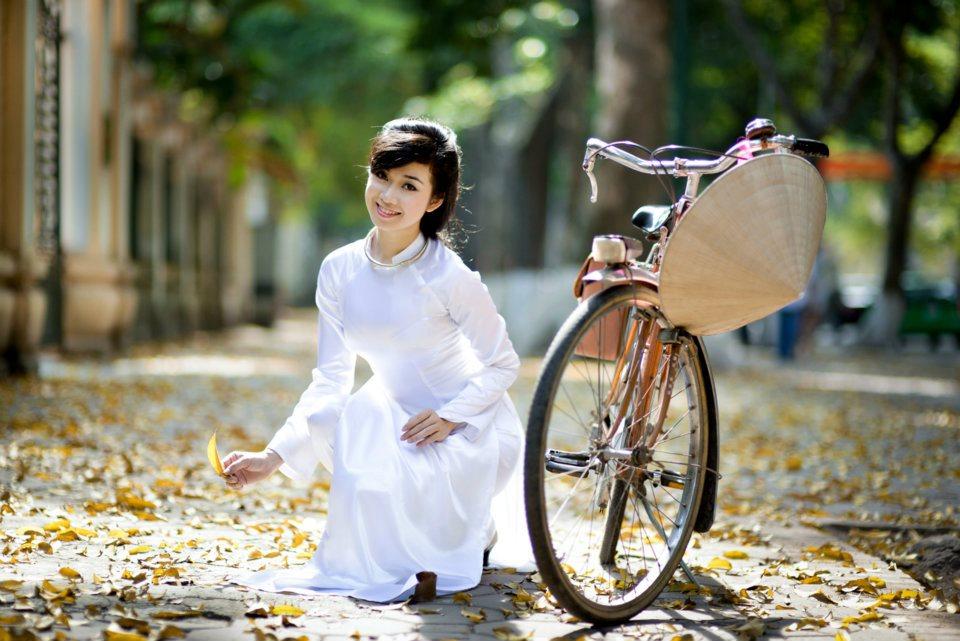 Nữ sinh trong tà áo dài nét đẹp của quê hương Việt Nam