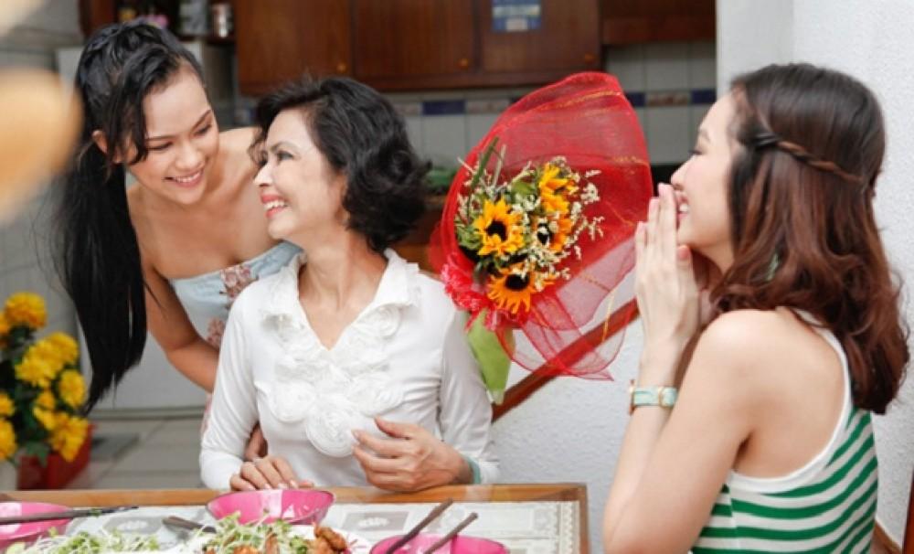 Hoa tặng mẹ ngày 20-10 ý nghĩa nhất